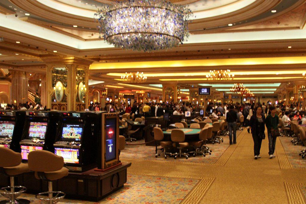Bananaslots [игровые автоматы • онлайн казино • рулетка]