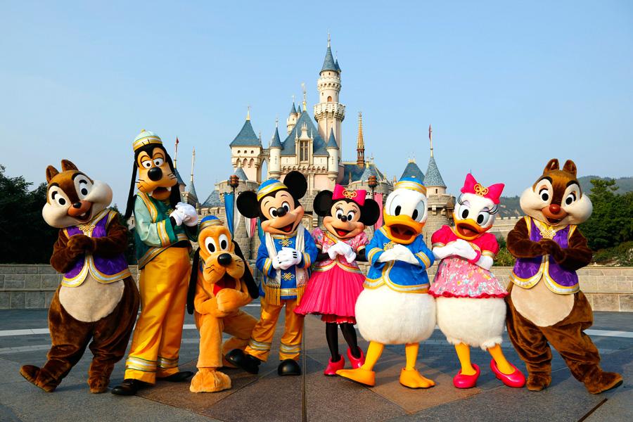 Đến Hong Kong ghé thăm khu vui chơi Disneyland