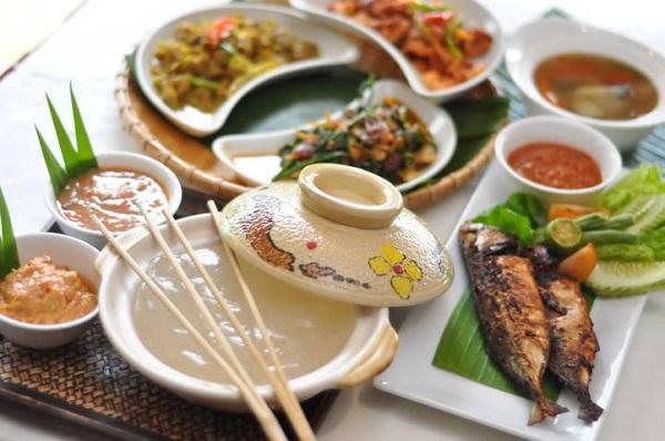 Thưởng thức ẩm thực Brunei