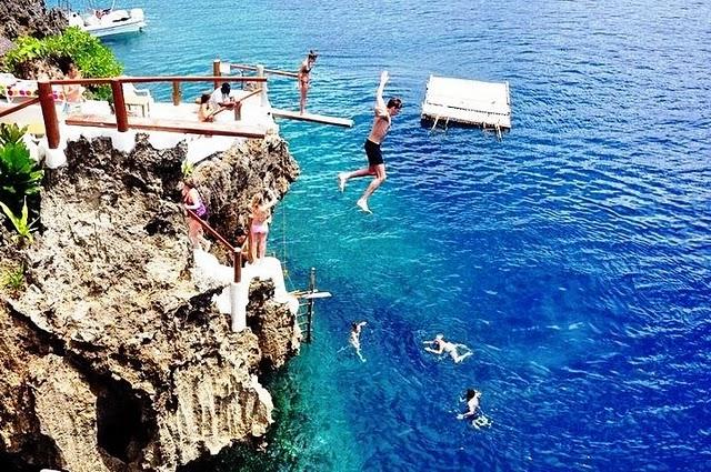Tận hưởng kỳ nghỉ thú vị tại Ariel's Point