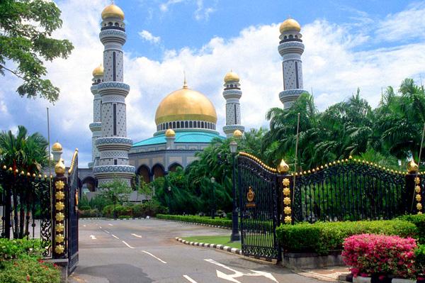 Cung điện Hoàng gia  Istana Nurul Ima