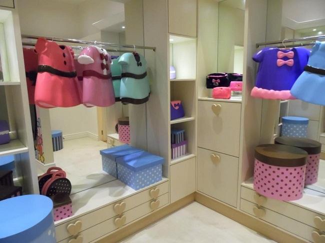 Tủ quần áo của Hello Kitty